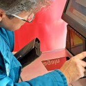 Automated checkouts 'miserable' for elderly shoppers