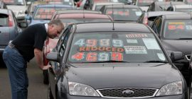 eBay revs up to take on Auto Trader in car ads