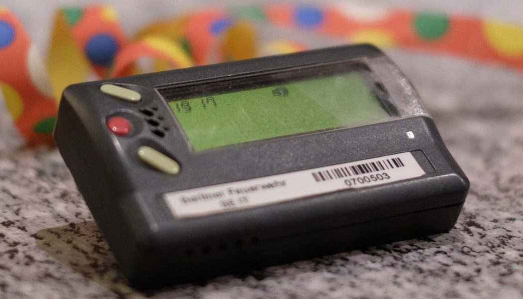 NHS told to ditch 'outdated' pagers